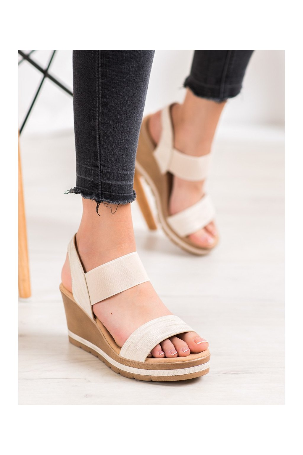 Hnedé sandále Sea elves kod 6436BE