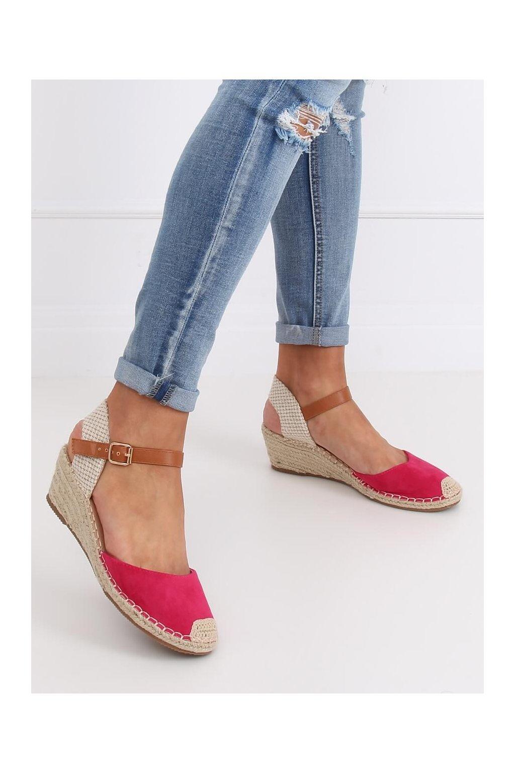 Dámske sandále ružové na platforme S-820