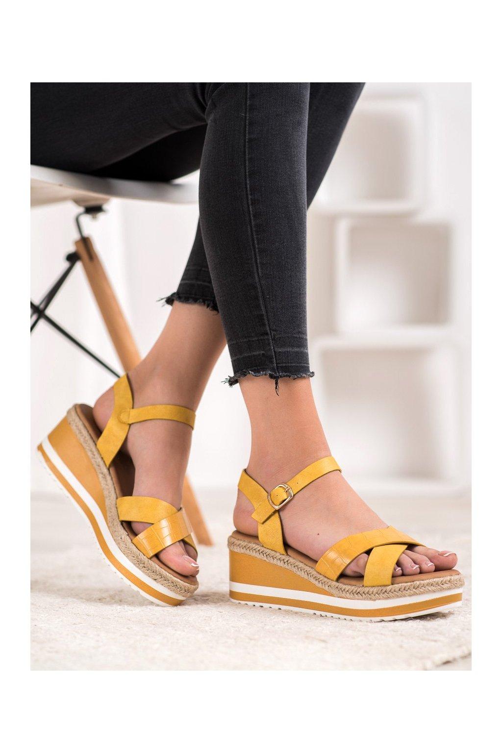 Žlté sandále na platforme Weide kod Y606Y
