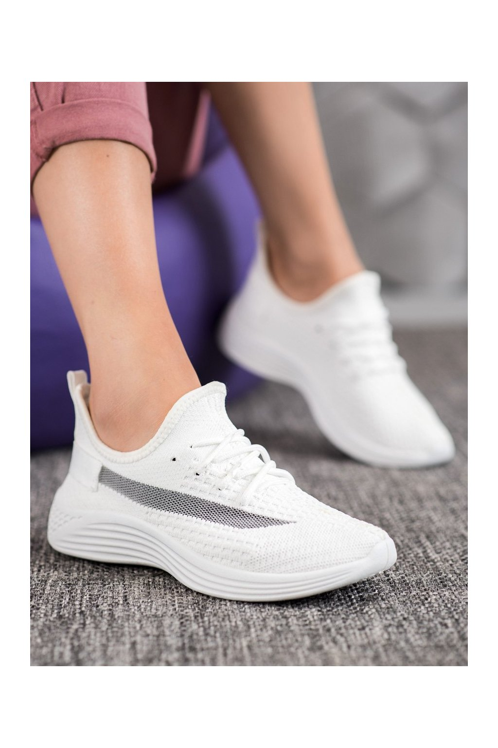 Biele tenisky Mckeylor kod ANH20-13530W
