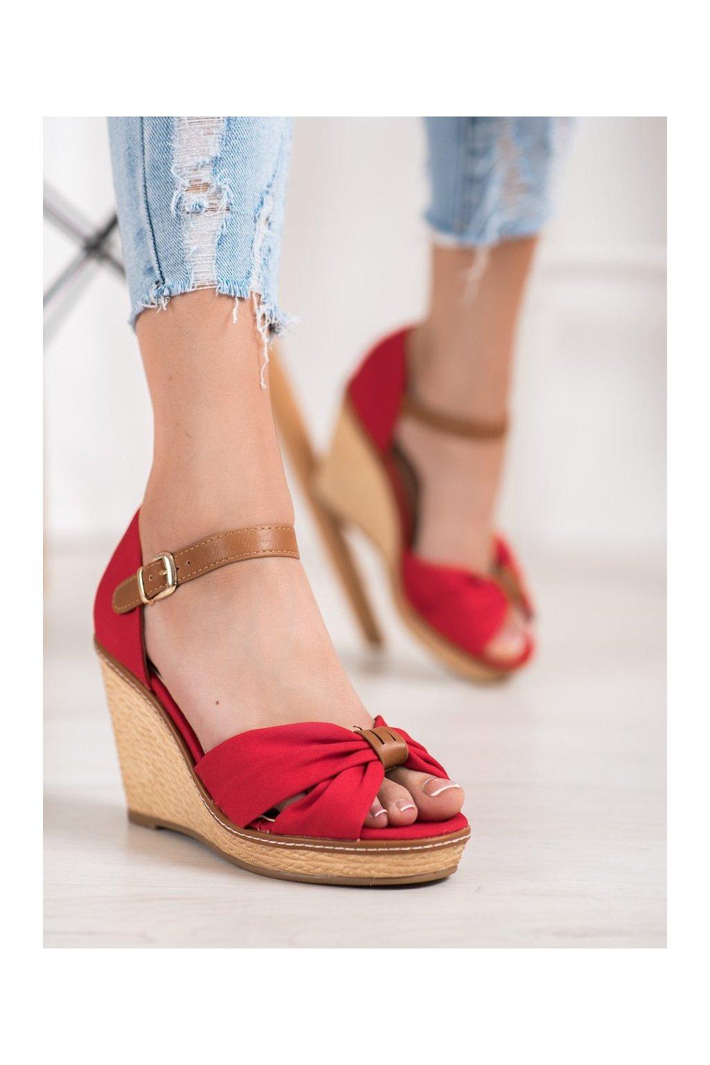 Červené sandále na platforme Shelovet kod 100R
