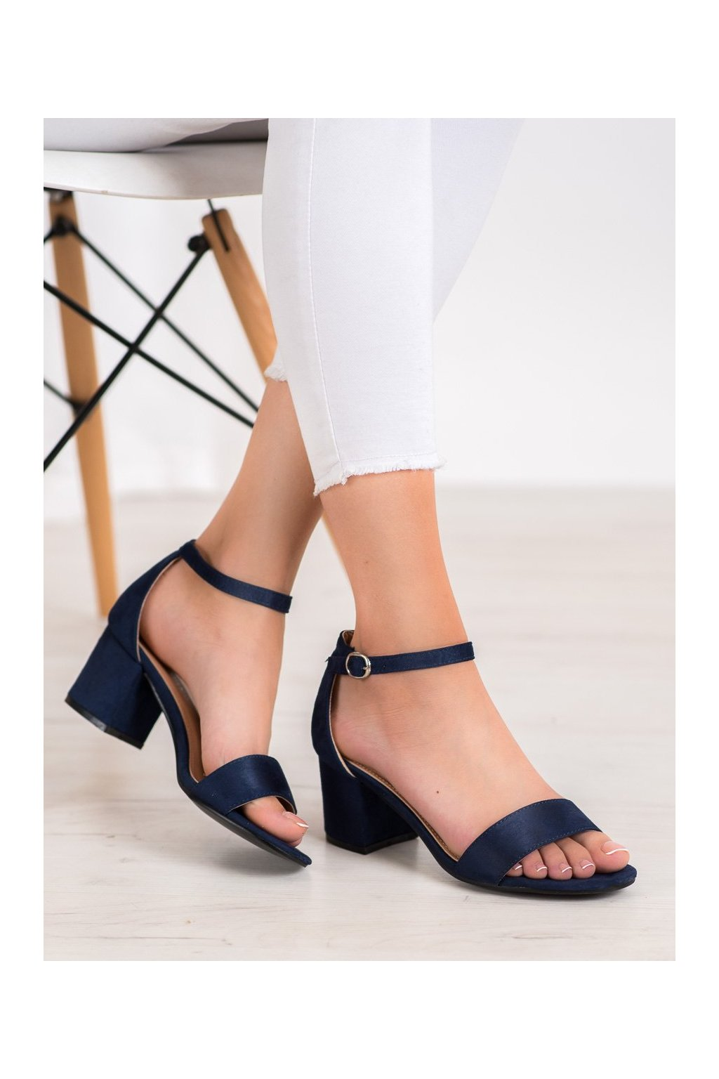 Modré sandále Diamantique kod 1170-13DK.BL