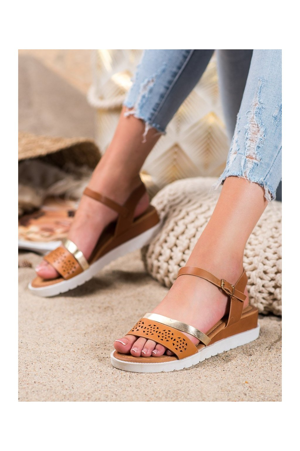 Hnedé sandále Renda kod RD048C