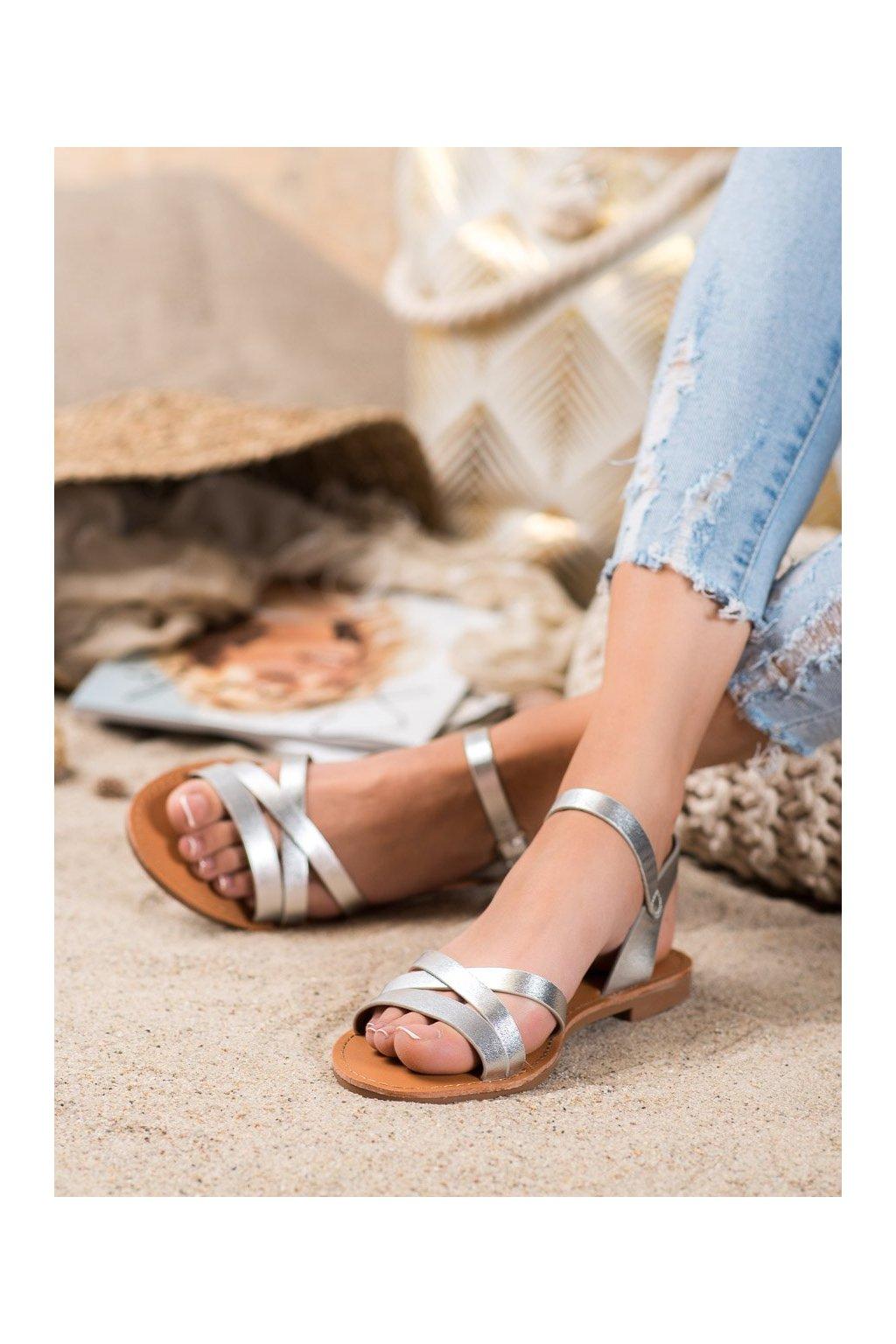 Sivé sandále s plochou podrážkou Shelovet kod HTY-3S