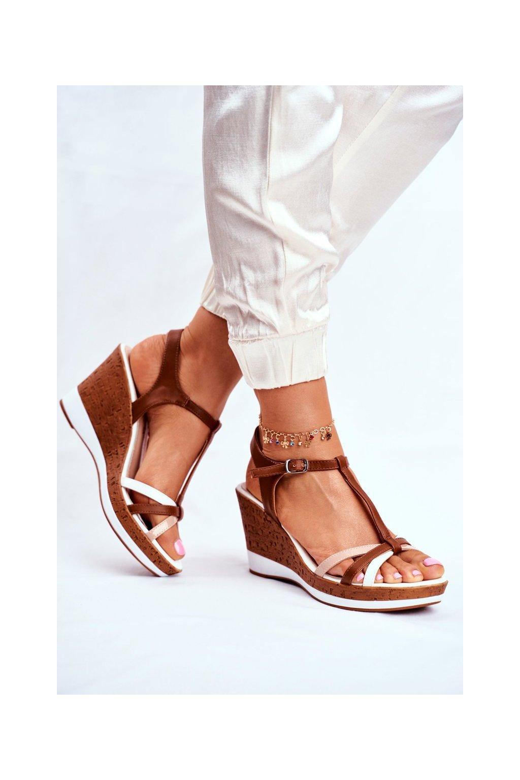 Dámske sandále na platforme farba biela kód obuvi SK308 WHITE MIX