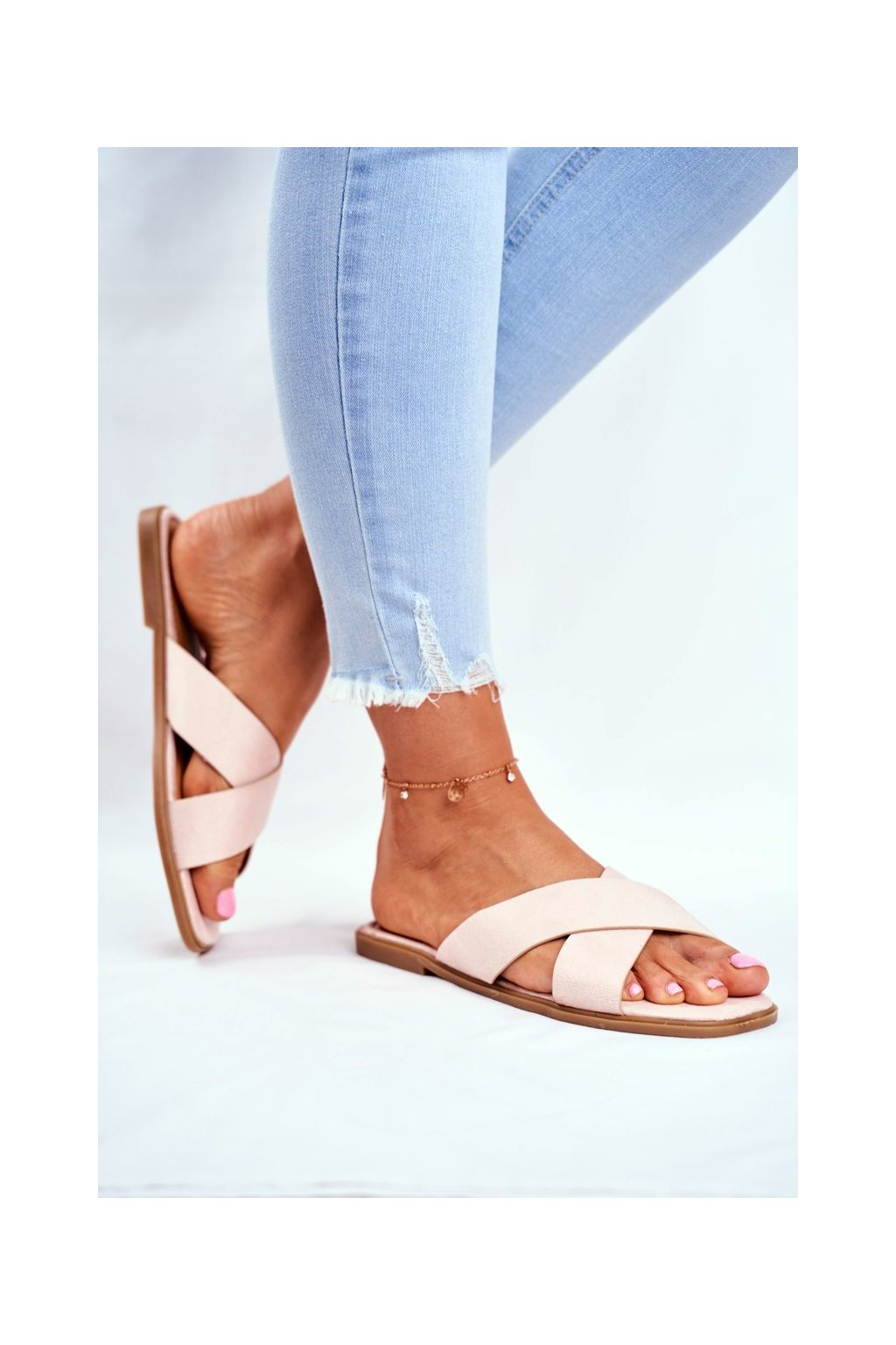 Dámske šľapky farba hnedá kód obuvi WL057 BEIGE