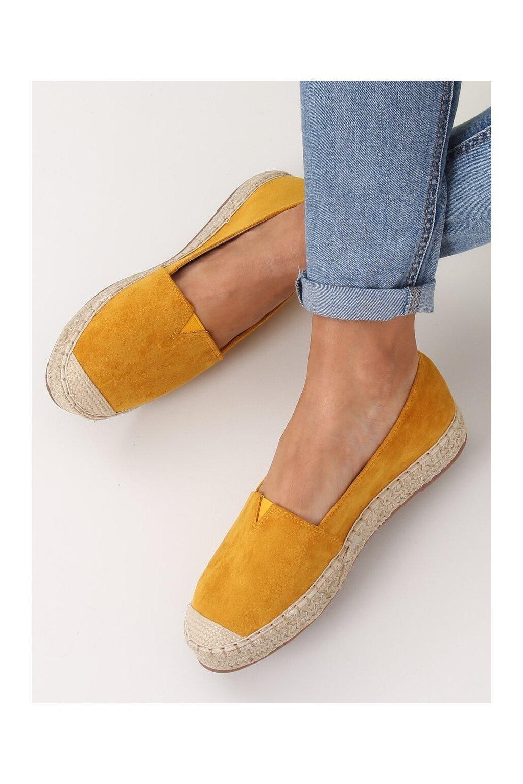 Dámske sandále žlté na plochom podpätku NJSK 99-23A