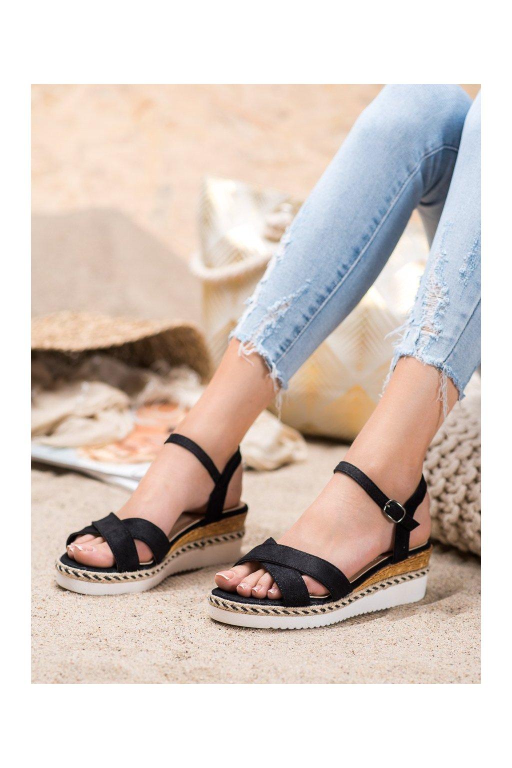 Čierne sandále Small swan kod OM256B
