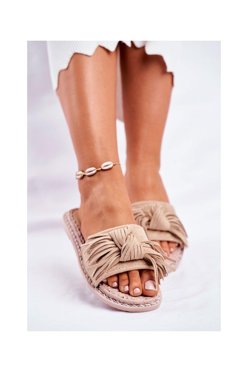 Dámske šľapky farba hnedá kód obuvi CK159 BEIGE