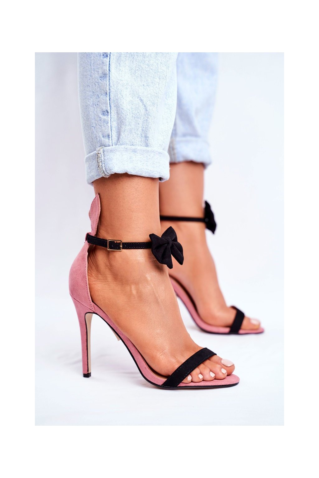 Dámske sandále na podpätku farba ružová kód obuvi ZJ-15 PINK