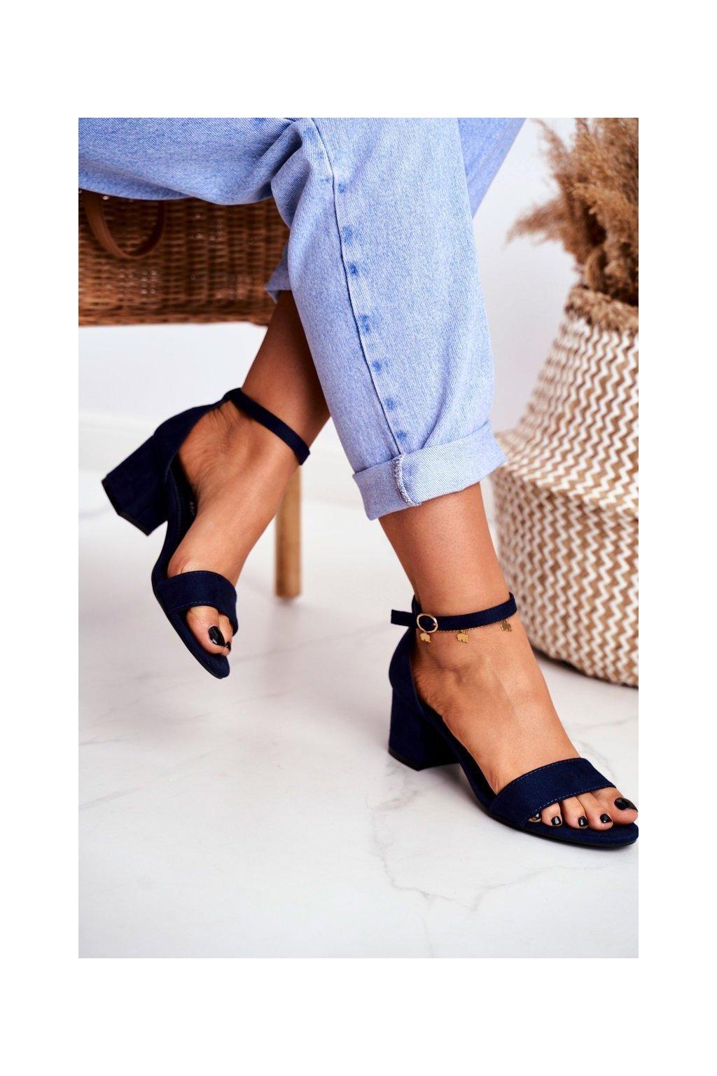 Dámske sandále na podpätku farba modrá kód obuvi LL68 BLUE