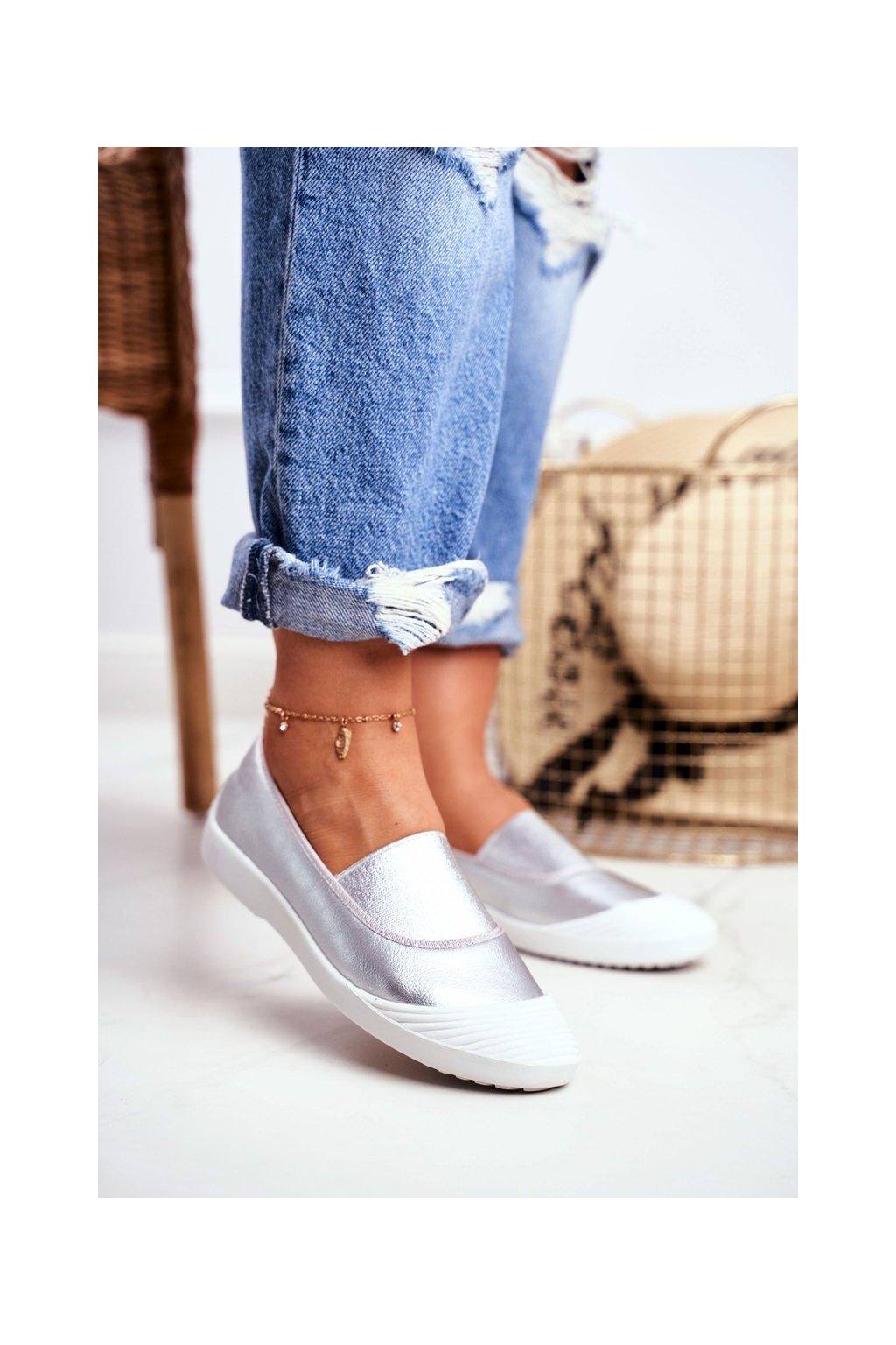 Dámske tenisky slip on farba sivá kód obuvi 8811-24 SILVER