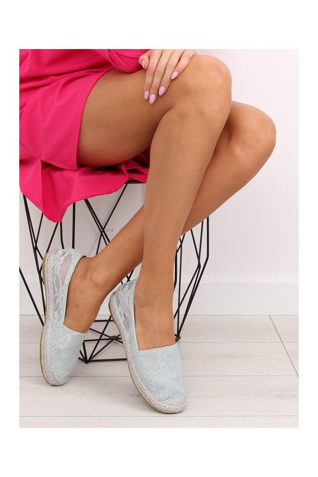 Dámske sandále sivé na plochom podpätku NJSK BB15P
