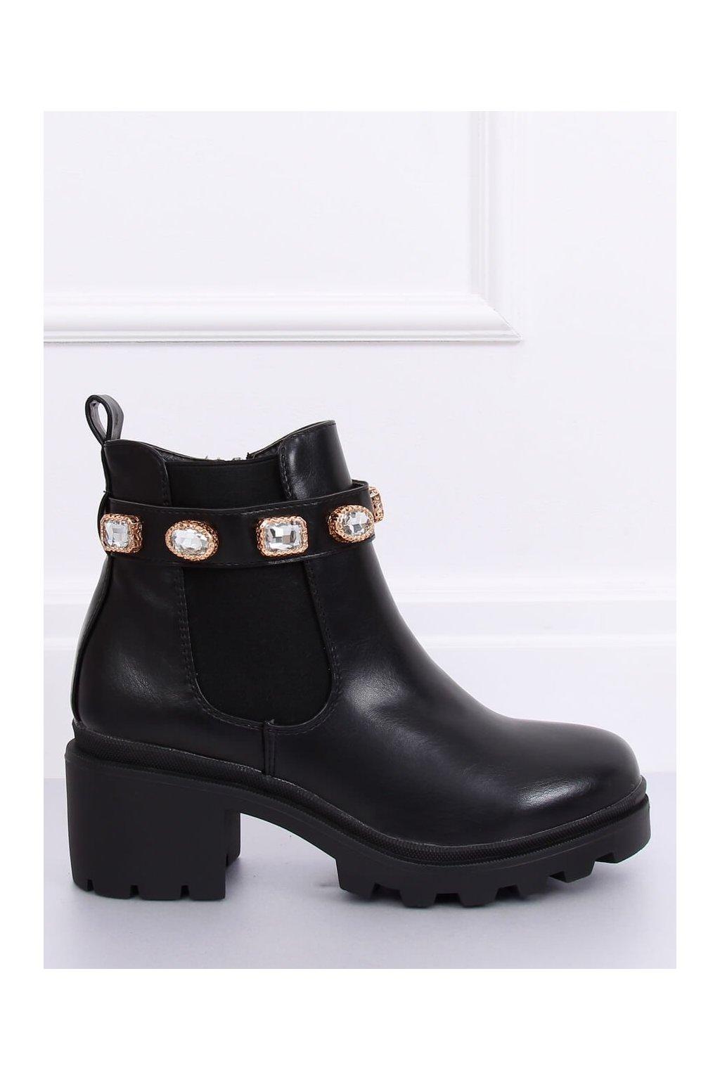 Dámske členkové topánky čierne na širokom podpätku HE107