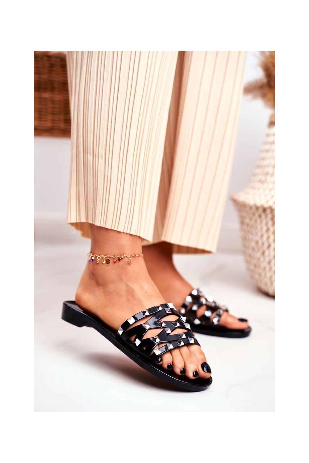 Dámske šľapky farba čierna kód obuvi XD-886 BLK