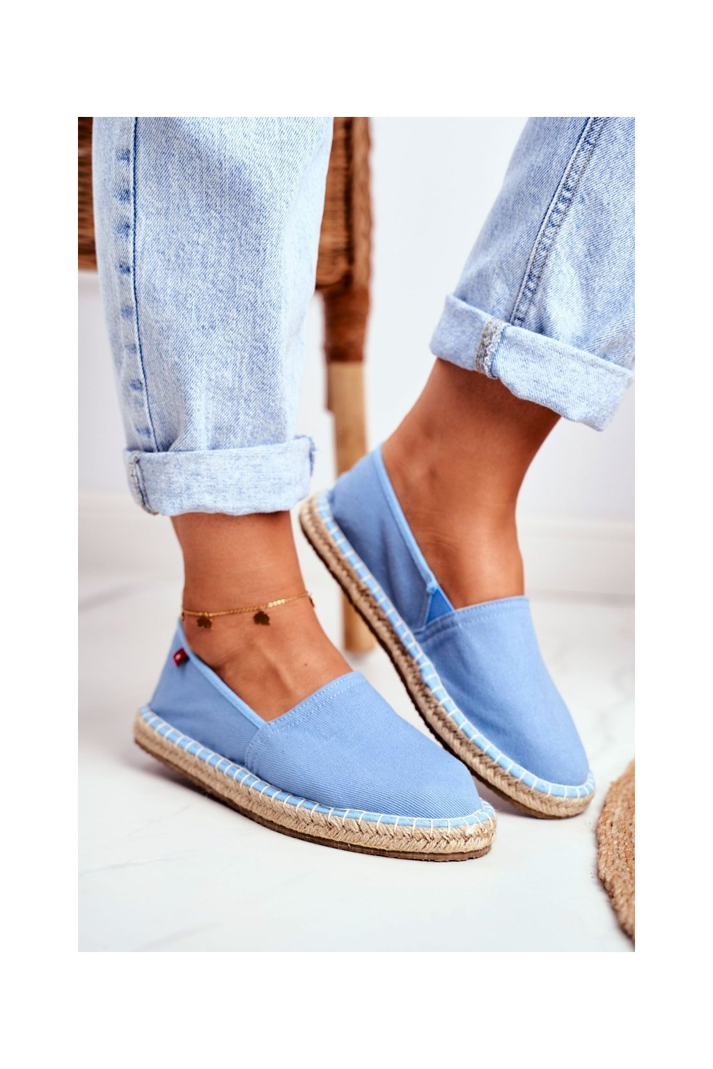 Dámske tenisky farba modrá kód obuvi DD274A153 LT.BLUE