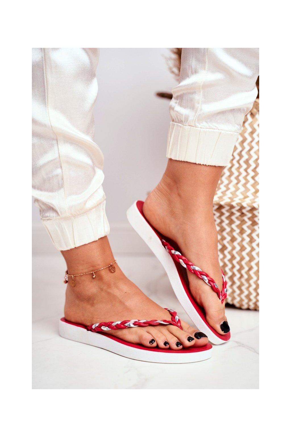 Dámske šľapky farba červená kód obuvi NK16 RED