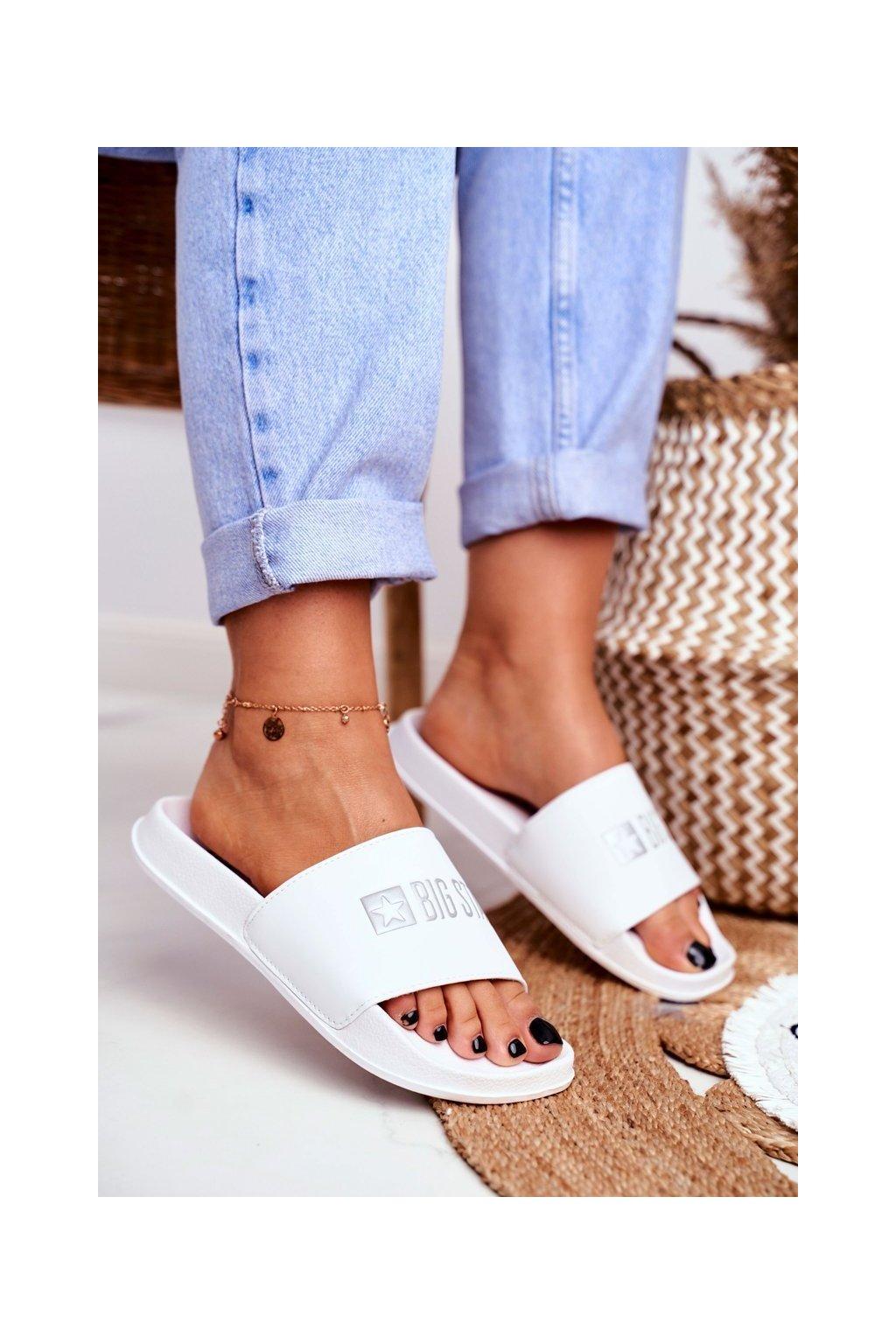 Dámske šľapky farba biela kód obuvi GG274A044 WHITE