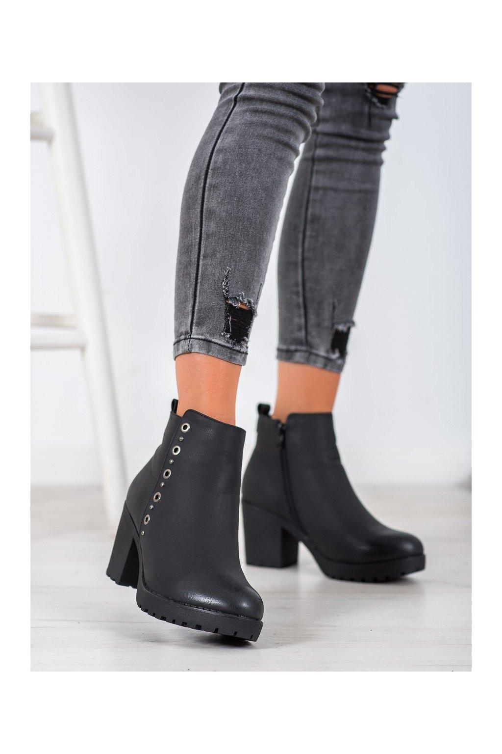 Čierne dámske topánky J. star kod S1824B