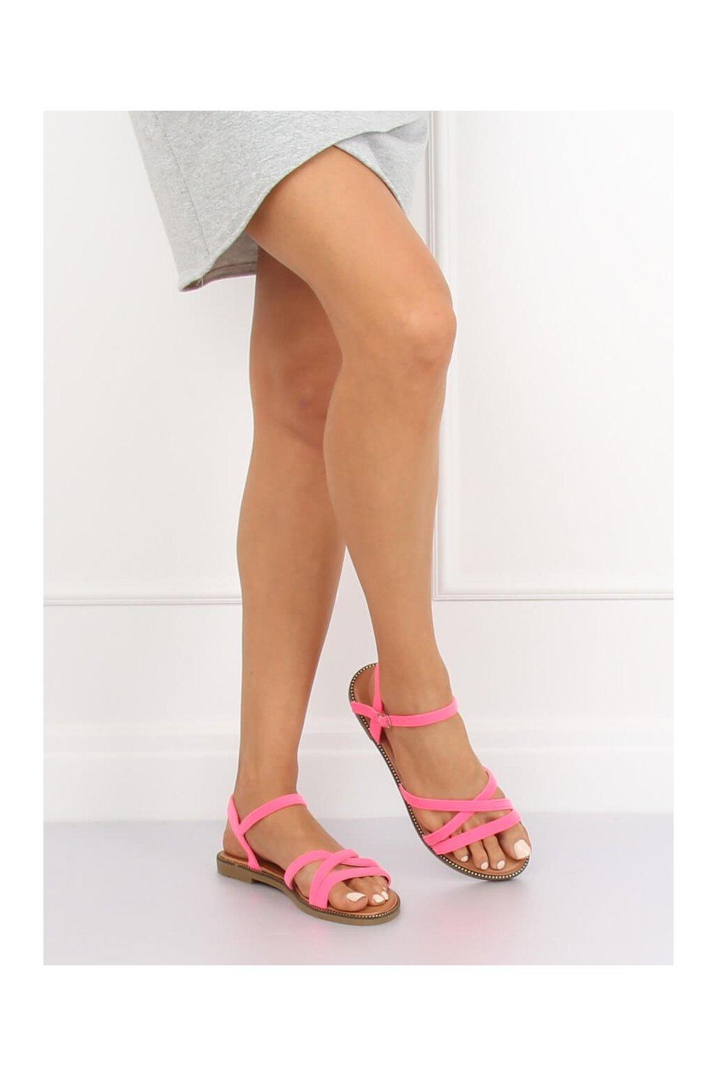 Dámske sandále ružové na plochom podpätku NJSK WL255