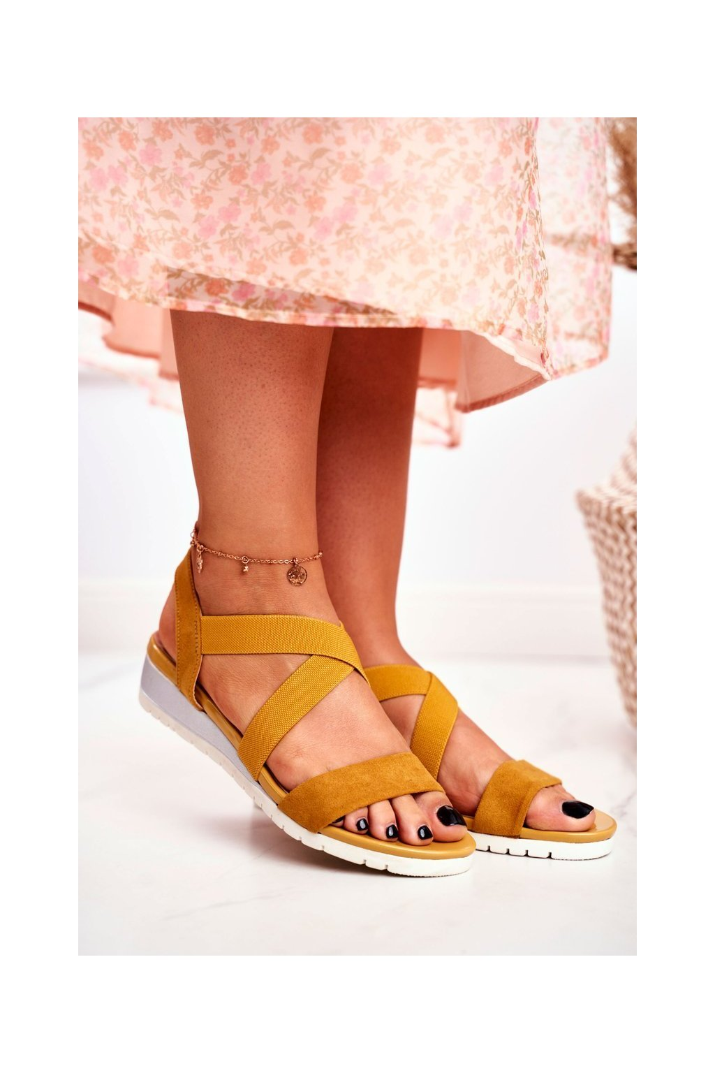 Dámske sandále na platforme farba žltá kód obuvi NS116 YELLOW