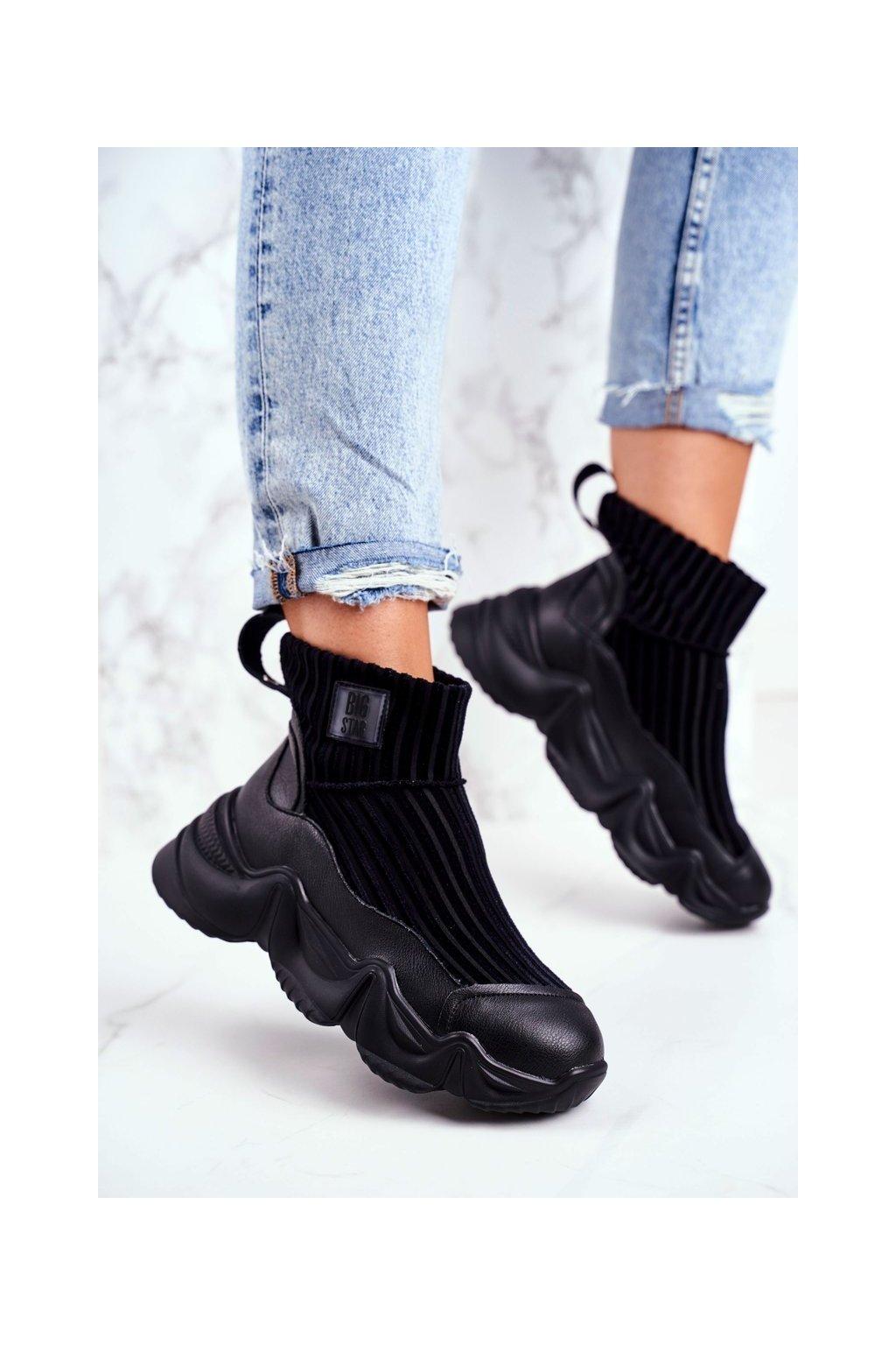 Dámske tenisky farba čierna kód obuvi GG274607 BLK