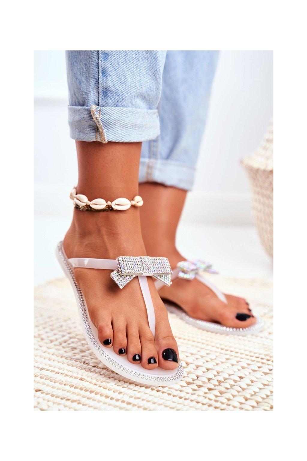 Dámske šľapky farba biela kód obuvi N0-301 WHI