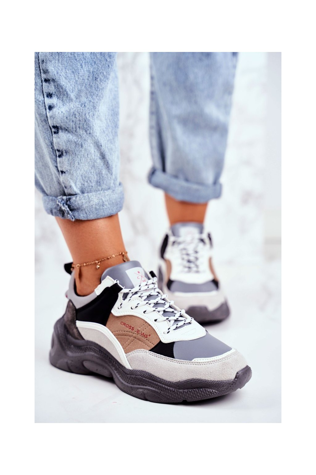 Dámske tenisky farba sivá kód obuvi GG2R4037 GREY