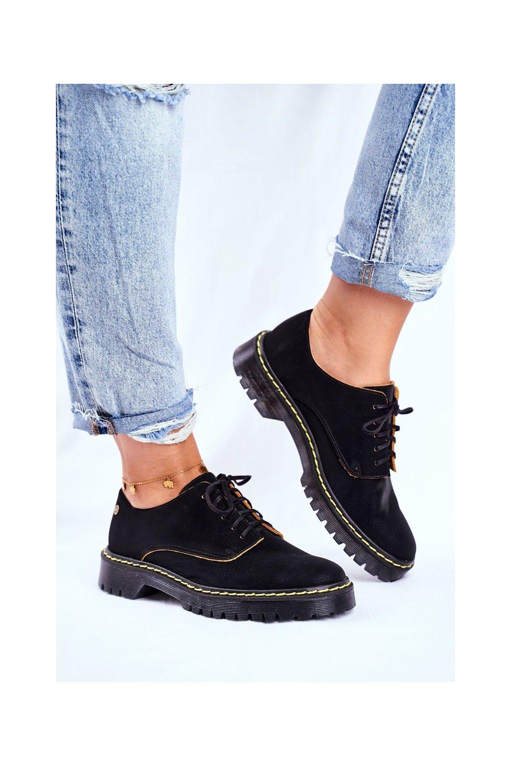 Dámske poltopánky farba čierna kód obuvi 04087-01/00-5 CZARNY