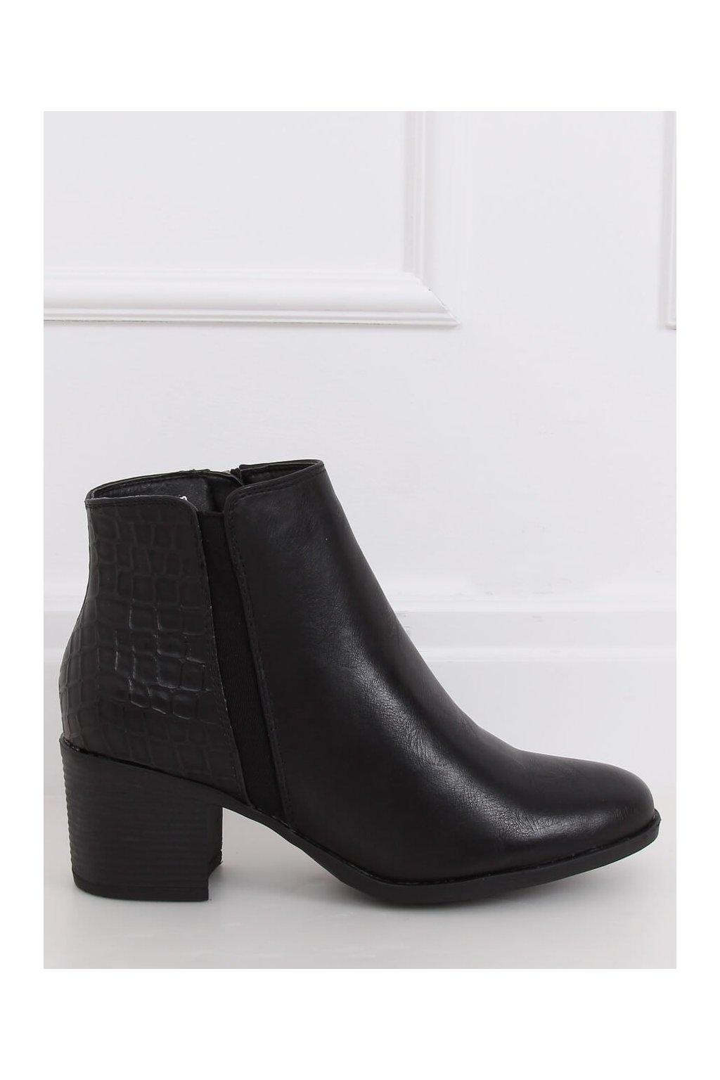 Dámske členkové topánky čierne na širokom podpätku HFN-0759