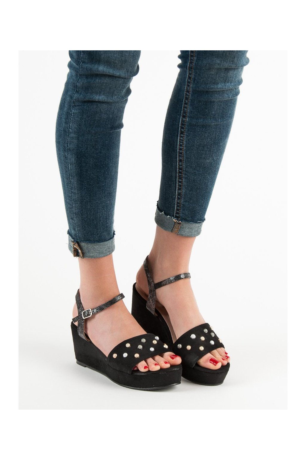 Čierne sandále Aclys NJSK A119-07-03NE