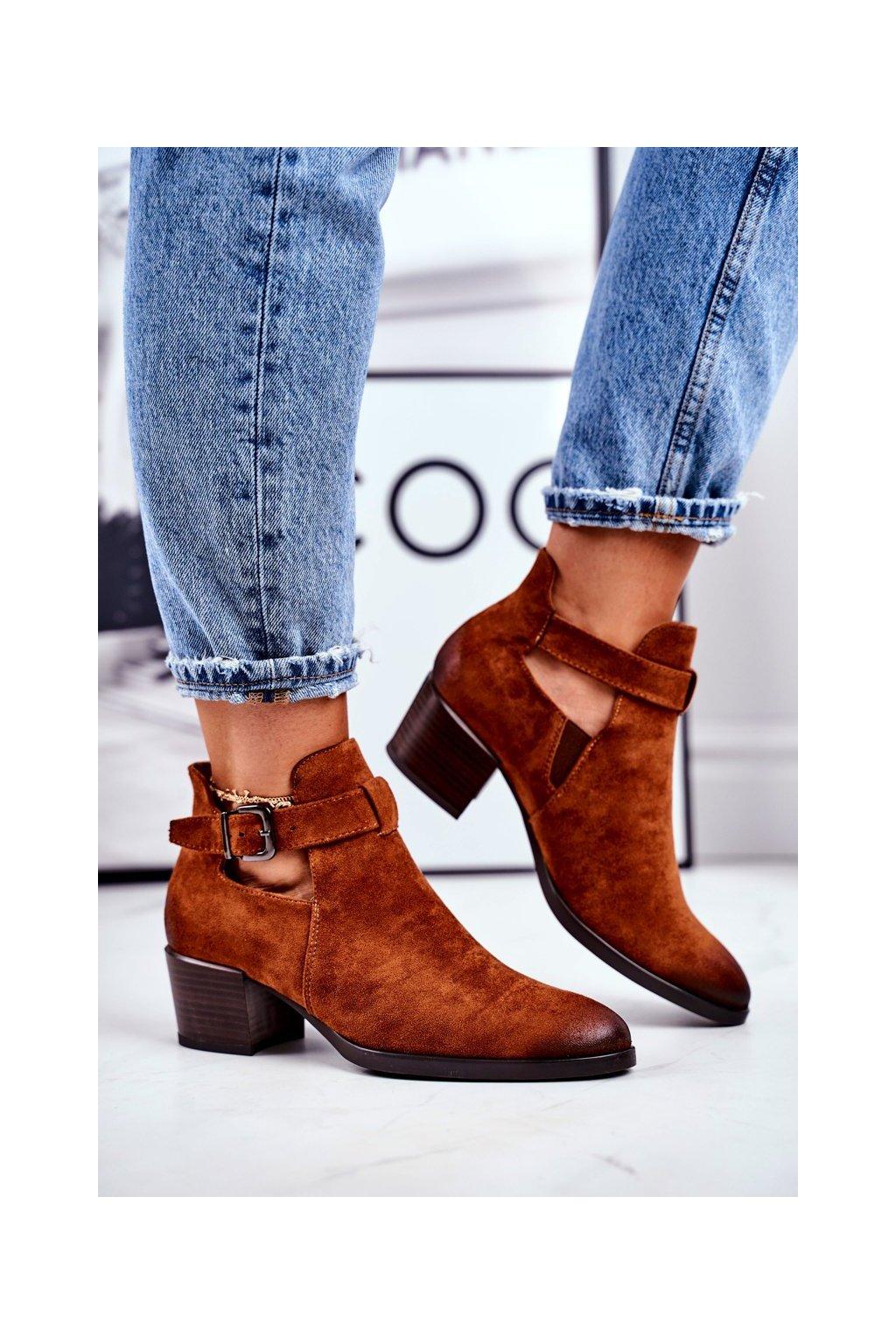 Členkové topánky na podpätku farba hnedá kód obuvi 21-10546 CAMEL