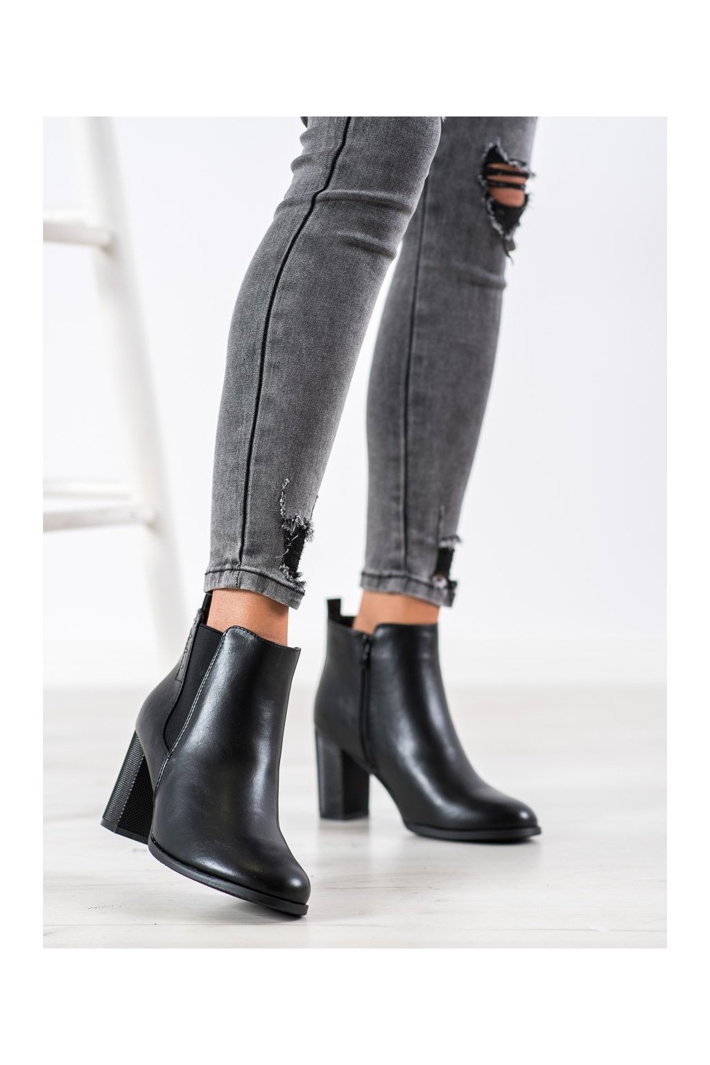Čierne dámske topánky Shelovet NJSK BT516B