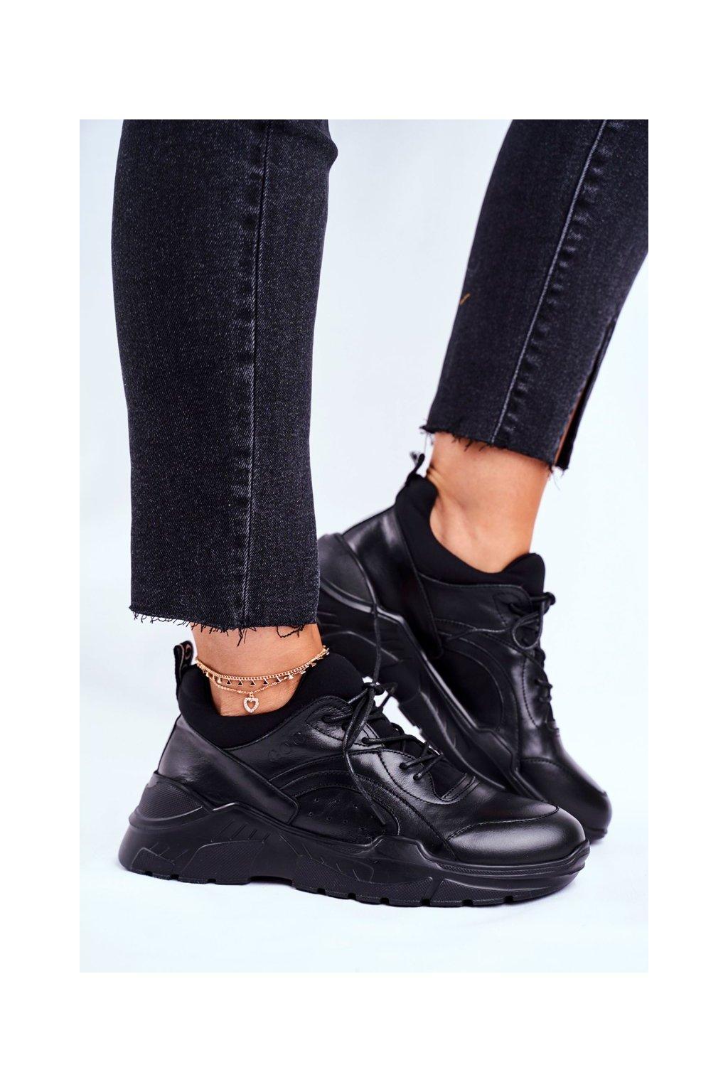 Dámske tenisky farba čierna kód obuvi GG2N3041 BLK
