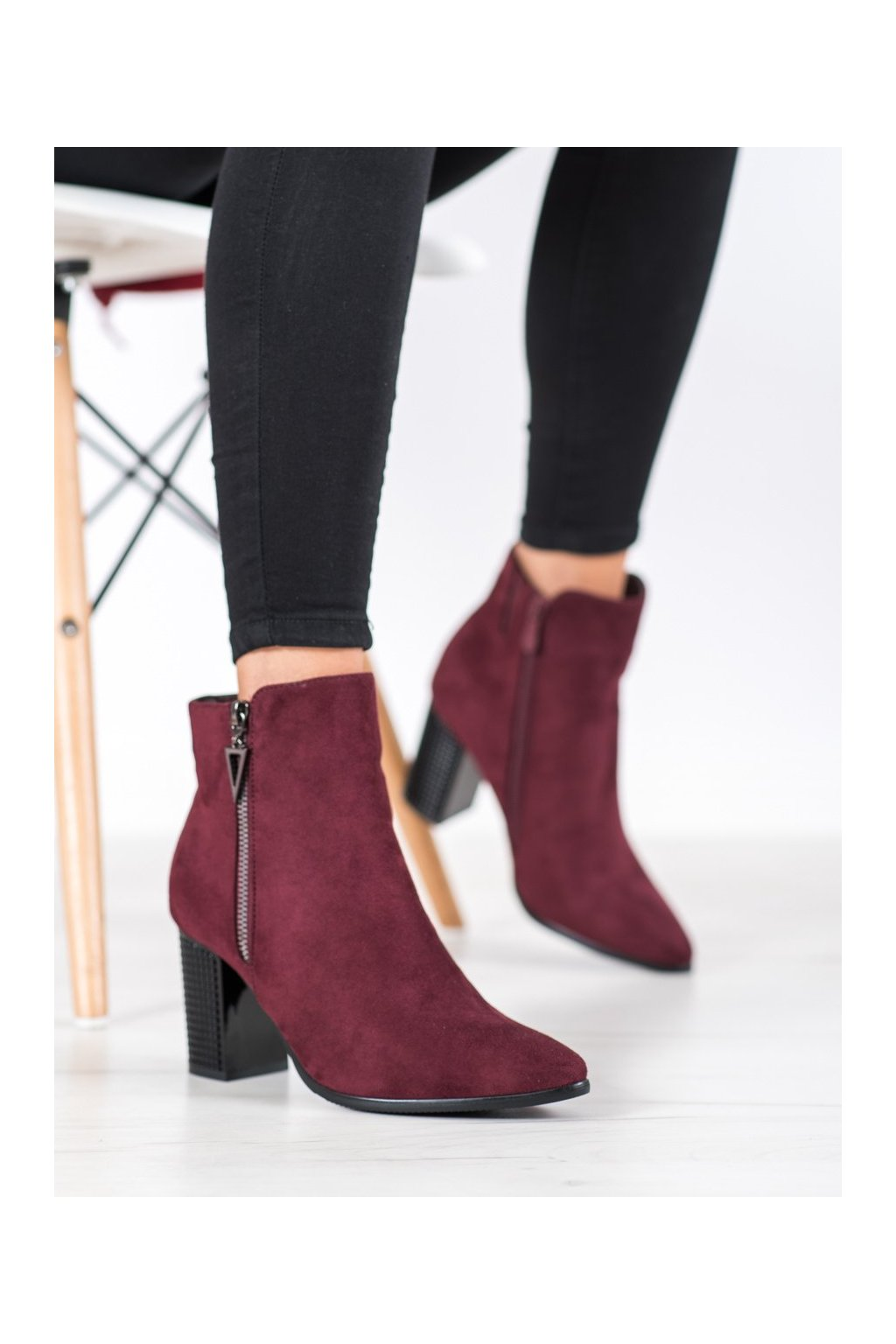 Červené dámske topánky Vinceza kod HX21-16189BUR