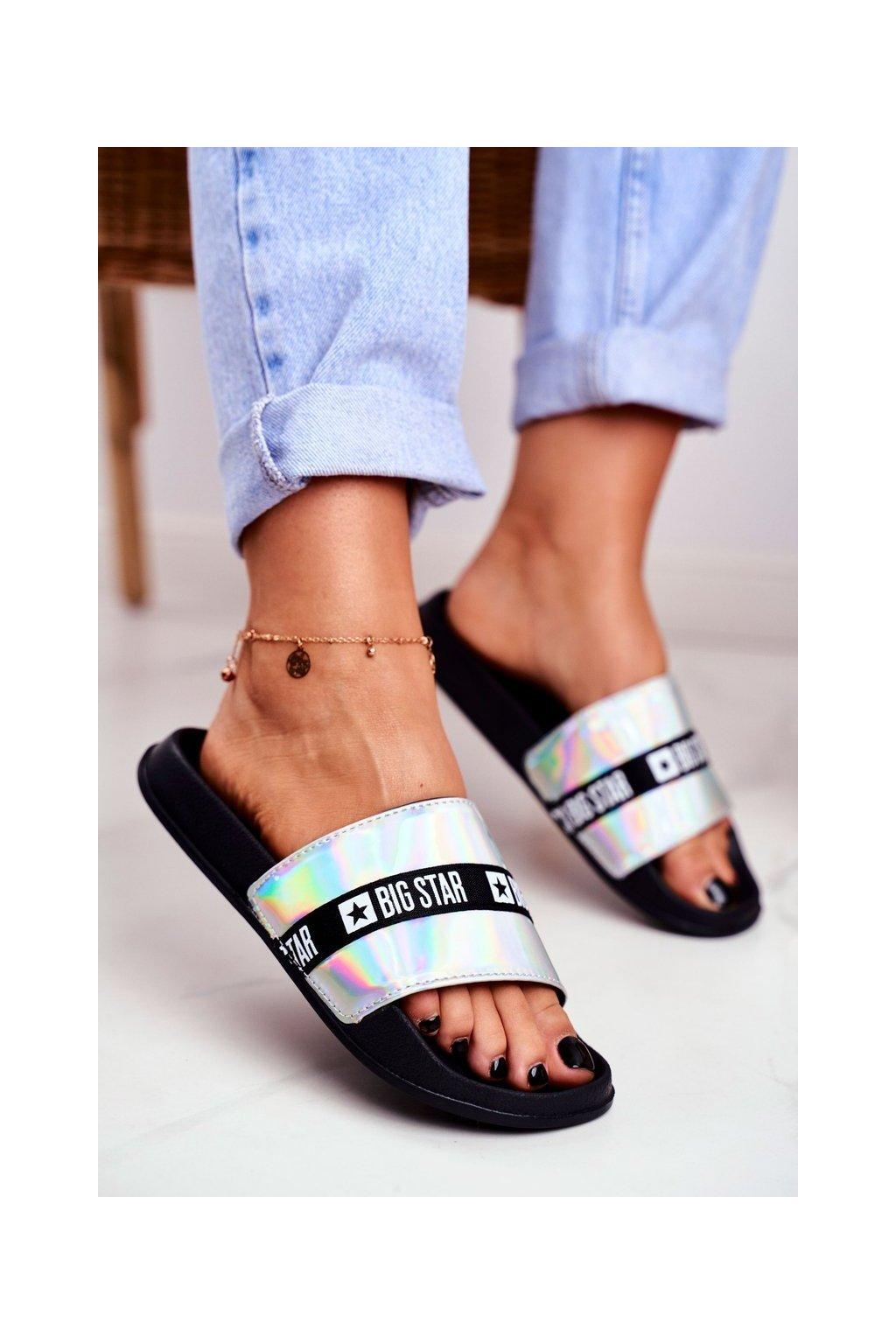 Dámske šľapky farba sivá kód obuvi GG274A005 SILVER