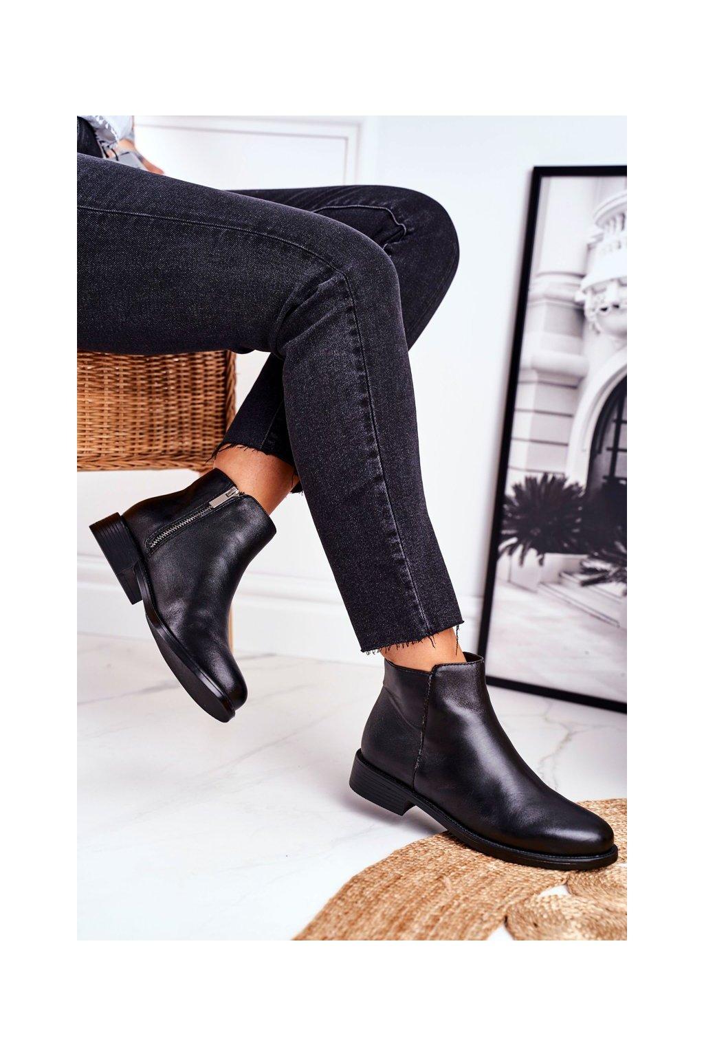 Členkové topánky na podpätku farba čierna kód obuvi W1949-7 BLK