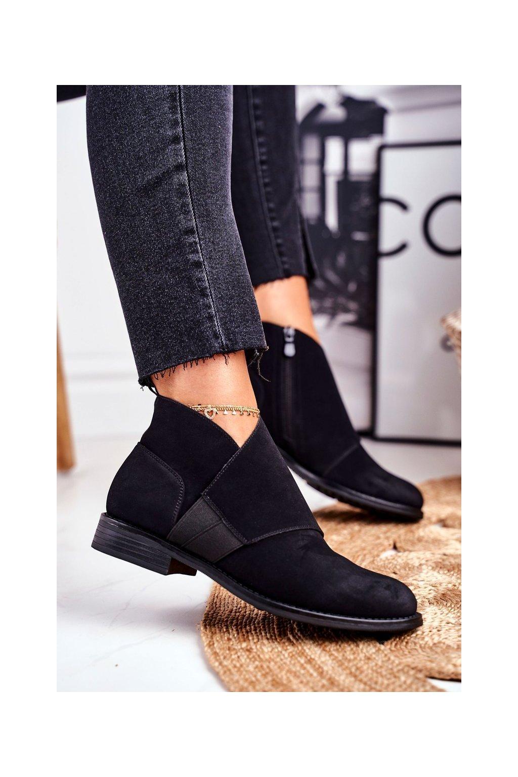 Členkové topánky na podpätku farba čierna kód obuvi 66-33 BLK