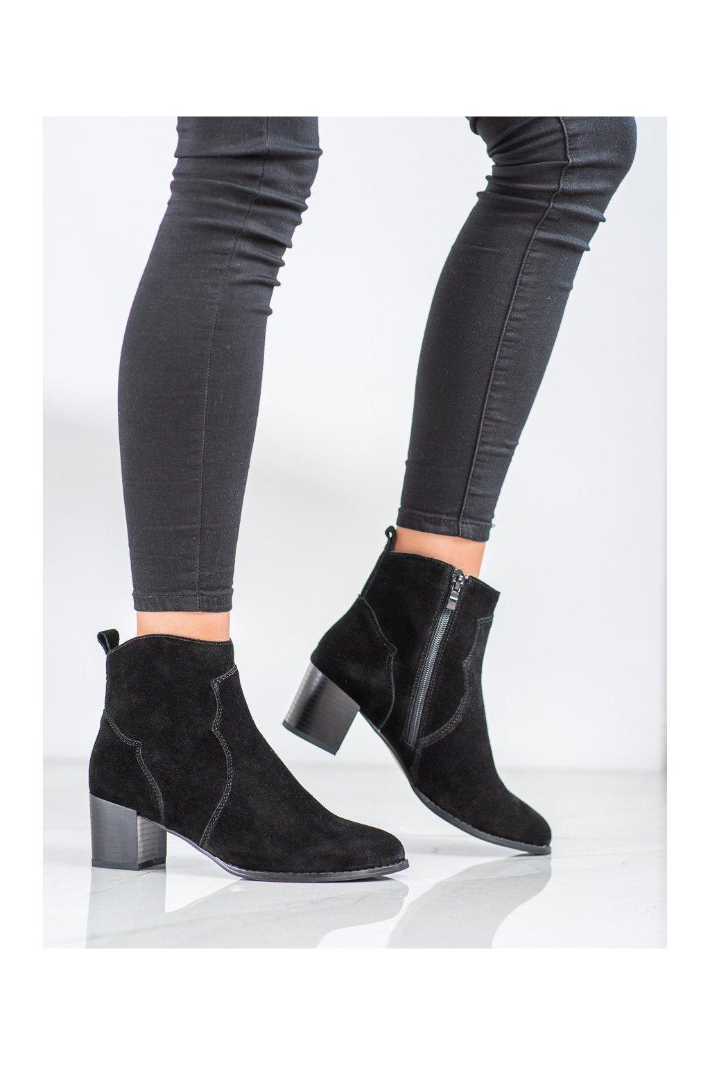 Čierne dámske topánky Filippo kod DBT1587/20B