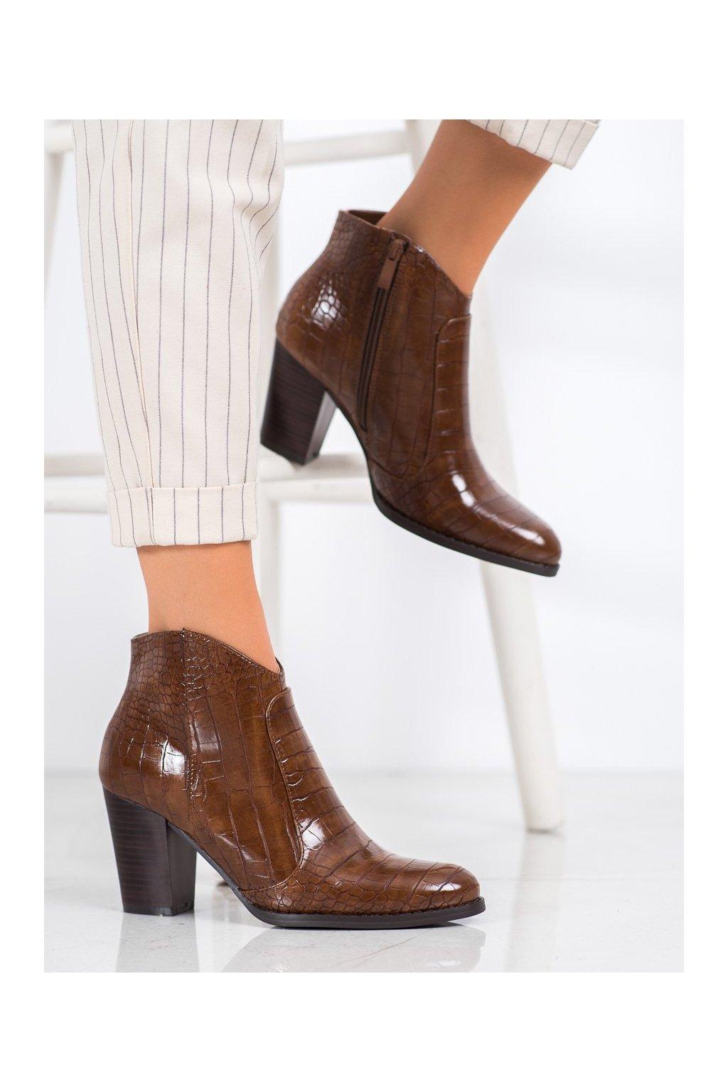 Hnedé dámske topánky Filippo kod DBT1581/20BR