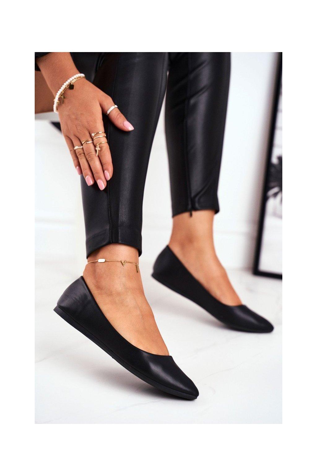 Dámske balerínky farba čierna kód obuvi CD53P BLK
