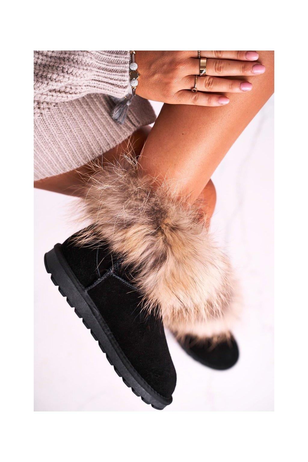 Dámske snehule farba čierna kód obuvi 5820 BLACK