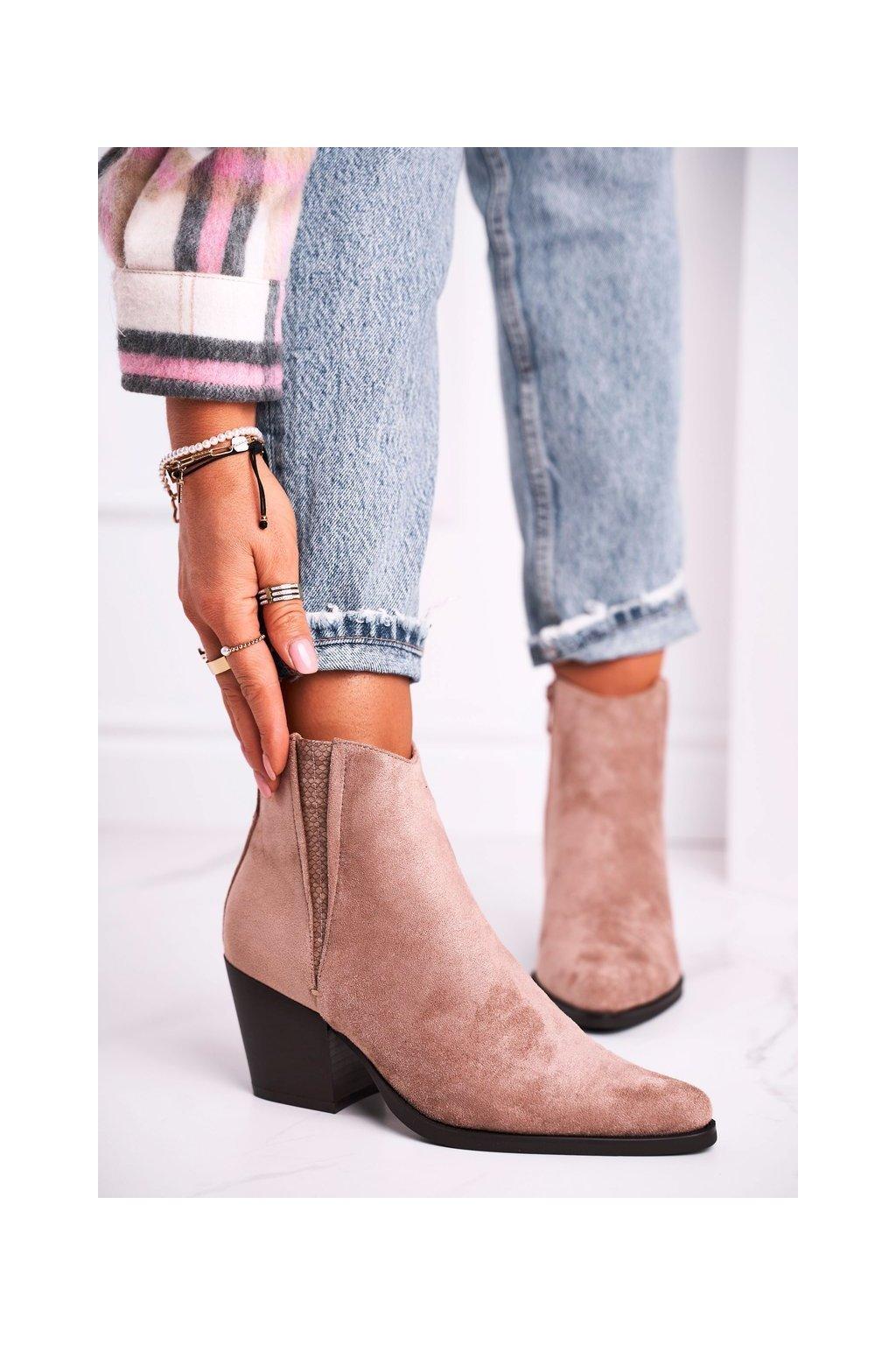 Členkové topánky na podpätku farba hnedá kód obuvi 19051-11 KHAKI