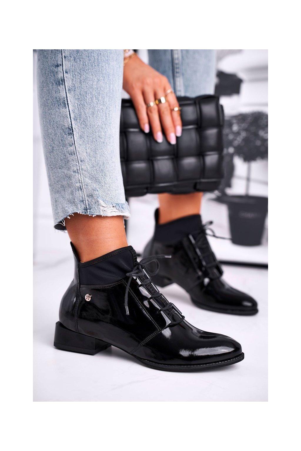 Členkové topánky na podpätku farba čierna kód obuvi 04744-01/00-7 BLK