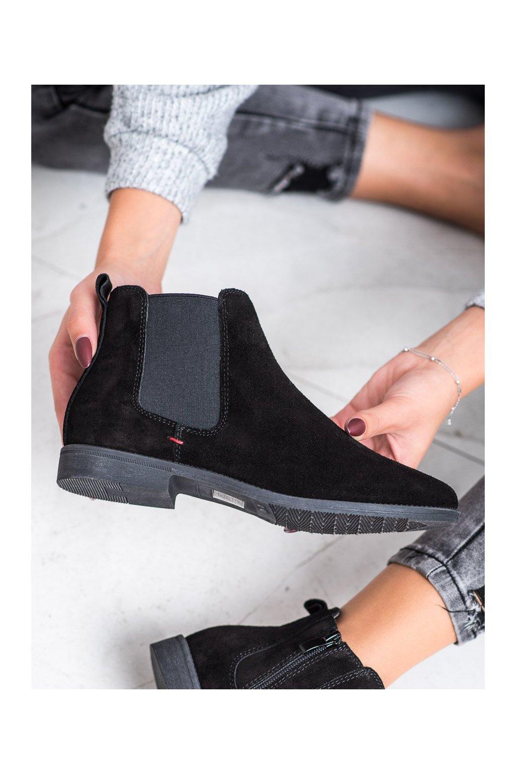 Čierne dámske topánky Filippo kod DBT1083/19B