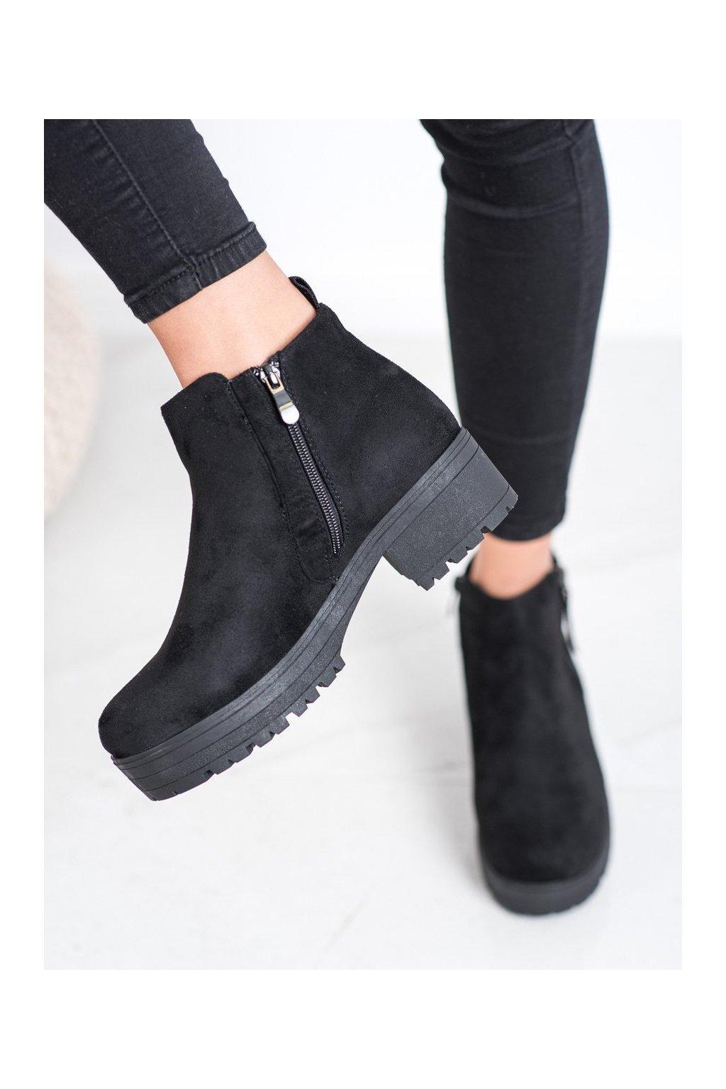 Čierne dámske topánky Clowse kod 9B1052B