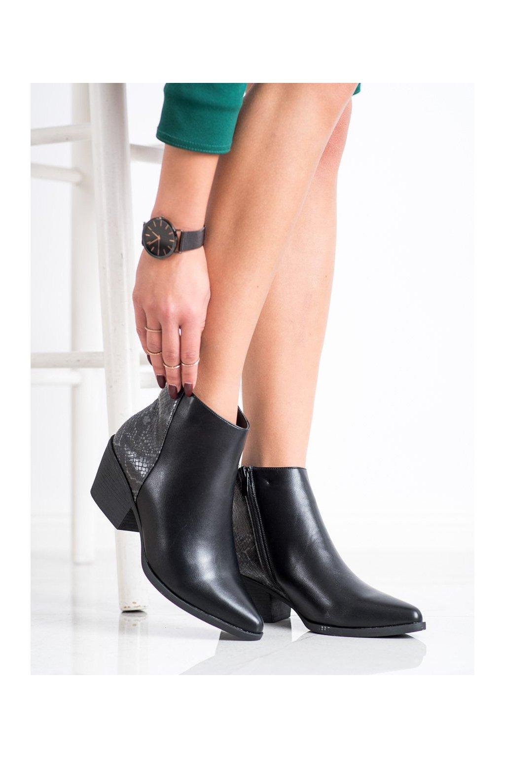 Čierne dámske topánky Cm paris kod 688-A19B