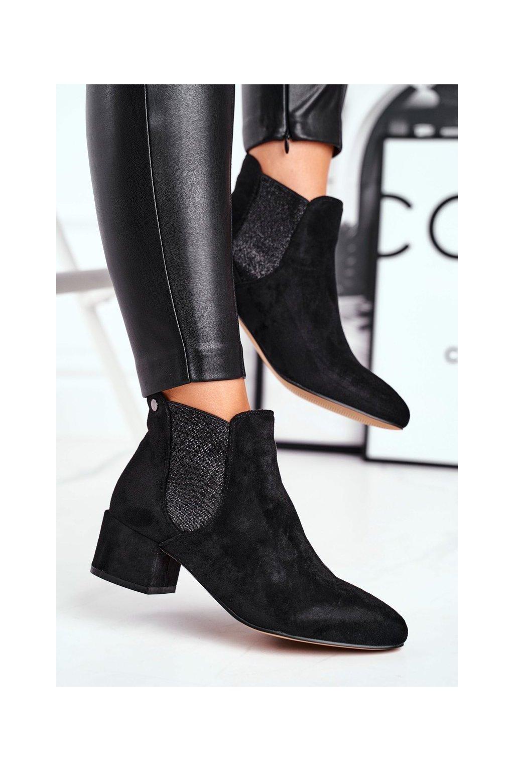 Členkové topánky na podpätku farba čierna kód obuvi B-6858 BLK