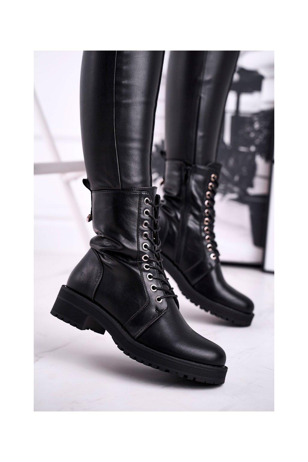 Členkové topánky na podpätku farba čierna kód obuvi C758 BLK