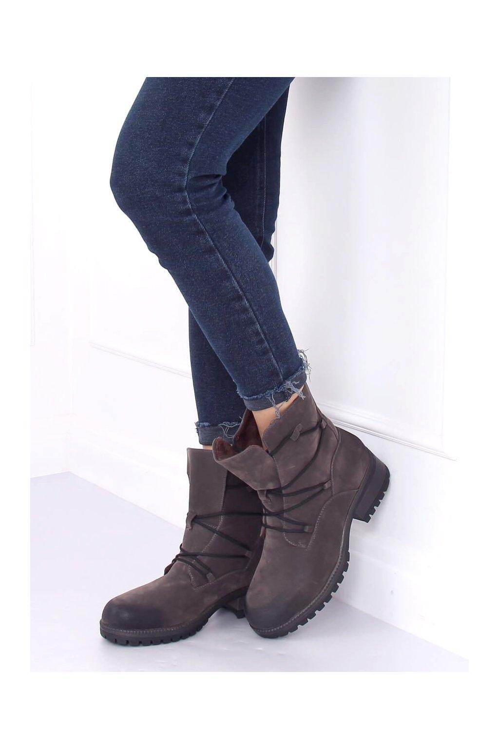 Dámske členkové topánky sivé na širokom podpätku K1936104
